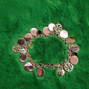 🦋NWOT🦋 Tory Burch Logo Charm Bracelet